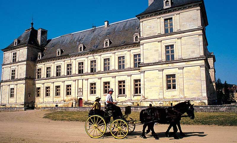 Hausbooturlaub in Burgund/Frankreich Burgundkanal Ancy